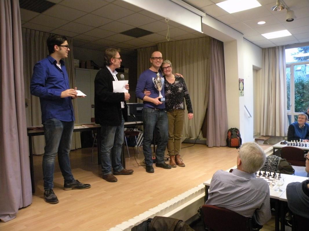 Jan Overbeek Rapidtoernooi: Eindstanden en foto's (update)