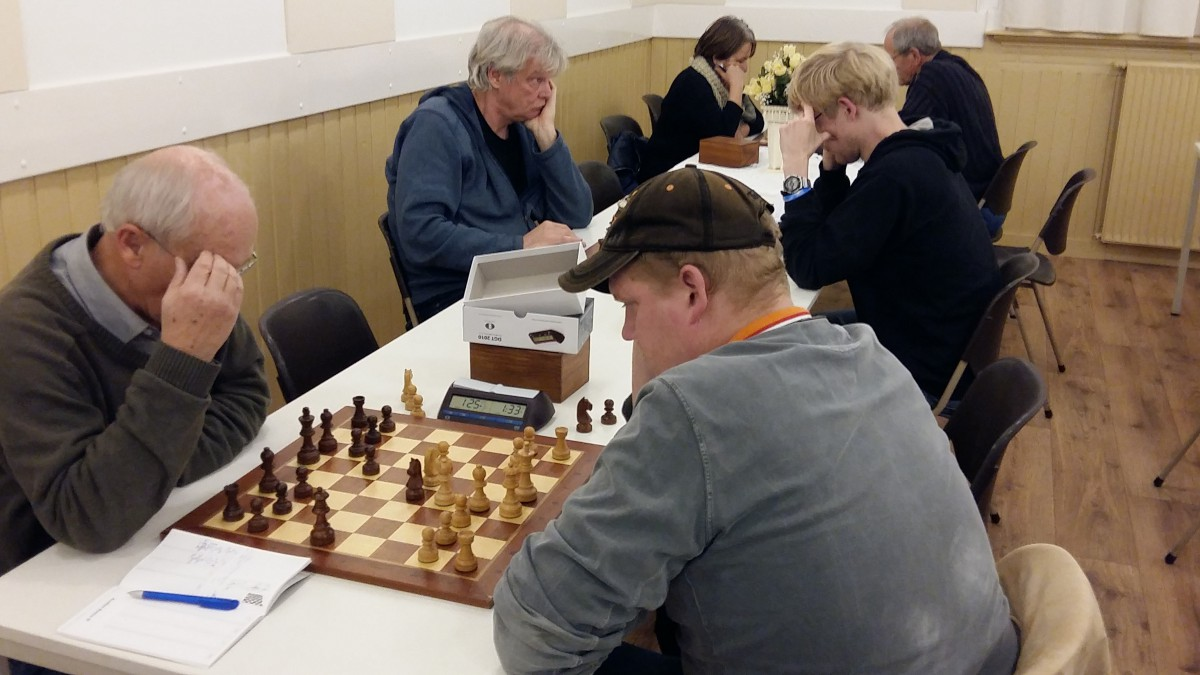 Snelschaak in interne competitie