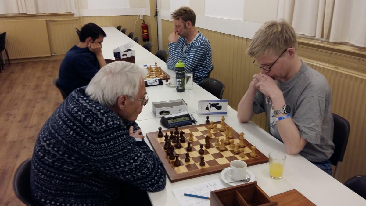 Keijzer sterk tegen schakers uit toptien