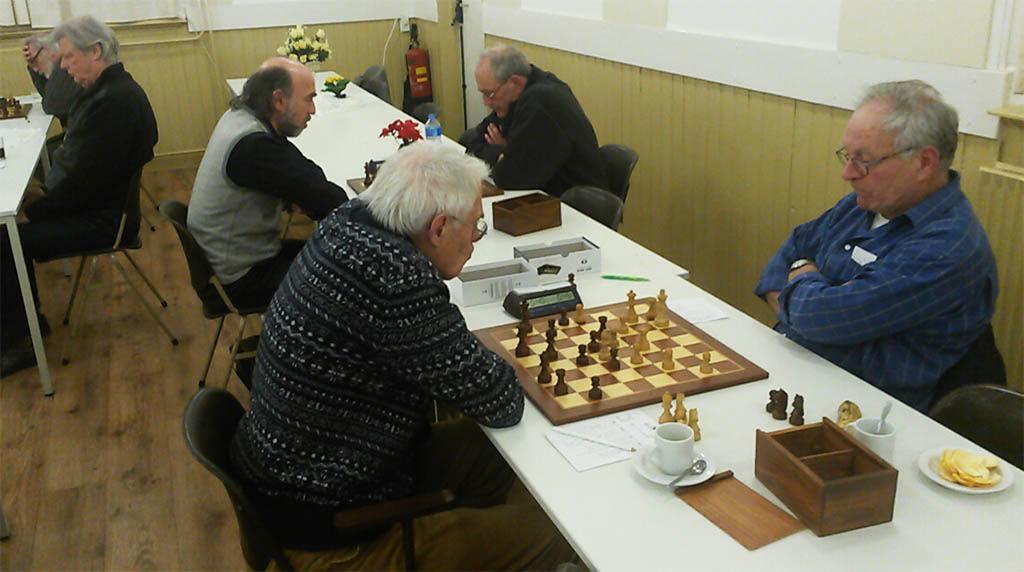 Verrassende uitslagen in de Baarnse schaakcompetie