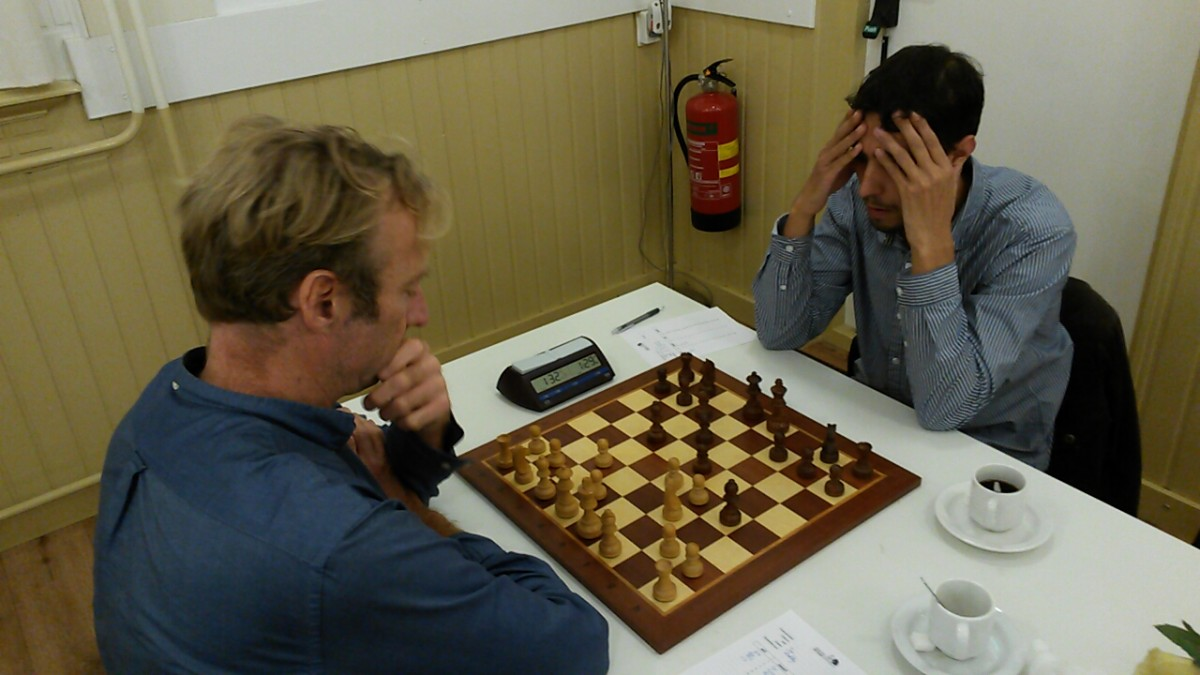 Krishnasing eenvoudig naar winst in schaaktopper