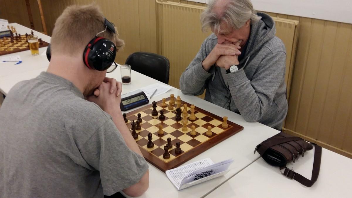 Frits Kok schaakt de top 3 binnen