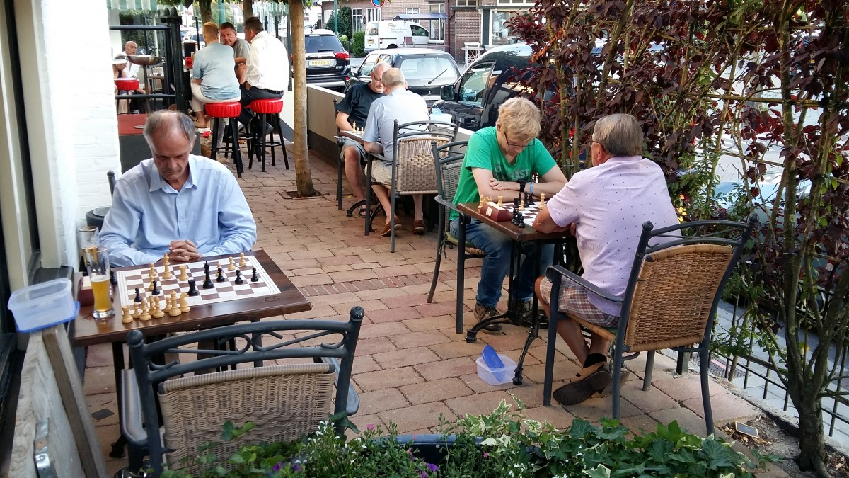 Zomerschaak weer volop bezig!
